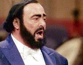 Sevenleri Pavarotti'ye Modena Katedrali'nde veda etti.11446