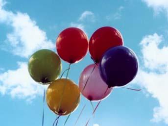 Balonlar alev aldı, 60 çocuk yaralandı.23918