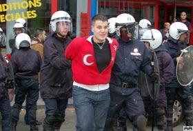 Belçika'da terör protestosu: 56 Türk'e gözaltı .16536