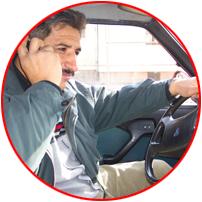 Trafikte telefonla konuşuyorsanız kaza riski 4 kat artıyor!.50826
