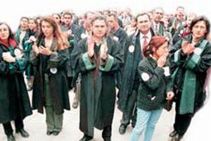 Avukatlar İsrail'i protesto etti  .15982
