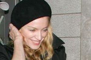Madonna ünvanını yitirdi.10581