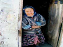 113 yaşındaki Dudu Nine, kızını son kez görmek istiyor.8569