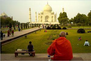 Hindistan'da sıcaklar 100 can aldı.13414