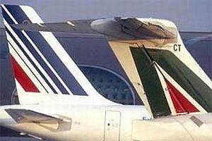 İtalya'nın uçan gururu yere çakıldı.15366