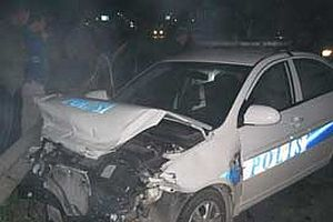 Erdoğan'ın konvoyunda 2 polis memuru yaralandı.12527