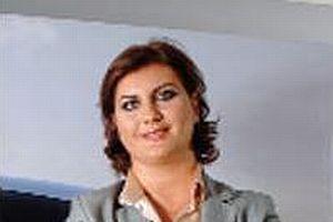 Tofaş Yürütme Kurulu'nun ilk ve tek kadın yöneticisi.8117