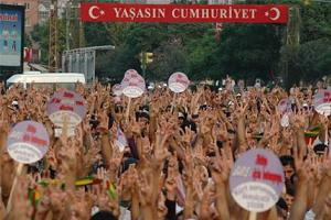Barış mitingi 'PKK göstesine' dönüştü!.17611