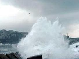 Fırtınalı Karadeniz heyecanlandırdı.7464