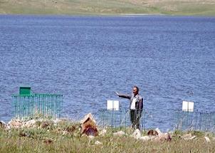 Palandöken barajı mezarlığı yuttu.16141
