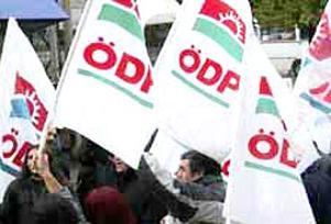 ÖDP'de istifa depremi büyüyor.14315