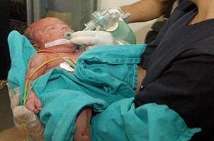 Elektriğe çarpılıp ölen annenin bebeği de öldü.12643