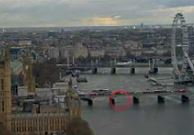 Londra'daki saldırı anı kaydedildi