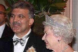 Kraliçe onuruna Çankaya'da yemek verildi.13710