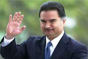 Devlet eski başkanını sınır dışı ettiler.9547