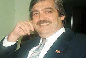 Köşe yazarı savcı Öz'e hakaretten yargılanıyor.8872