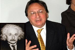 Einstein'ın teorisini çürüten profesör.11250