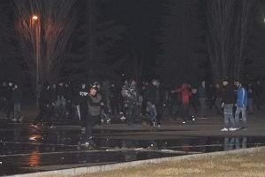 Beşiktaş taraftarı ile polis arasında gerginlik!.15419