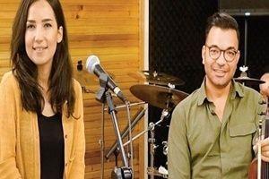 Usta sanatçı Kayahan'ın eşi İpek Açar evleniyor!.22514